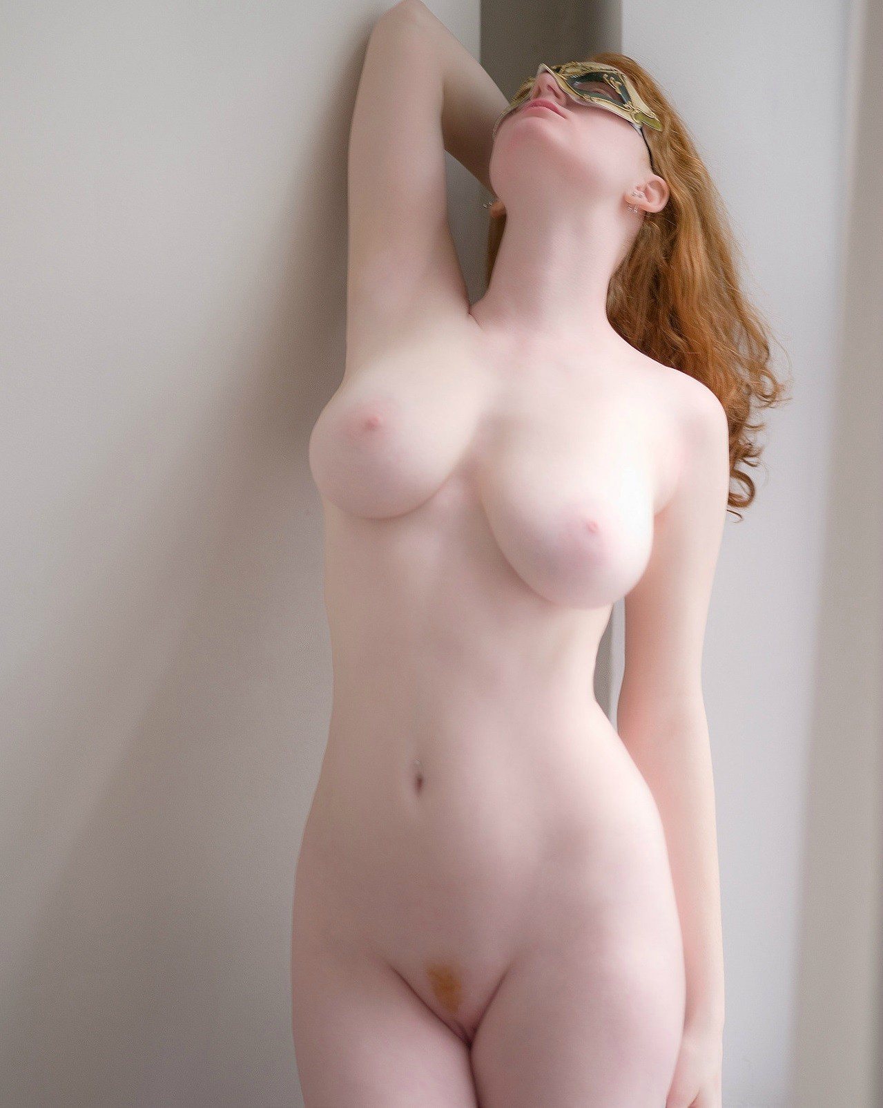 sexy-pale-female-nudes-riding