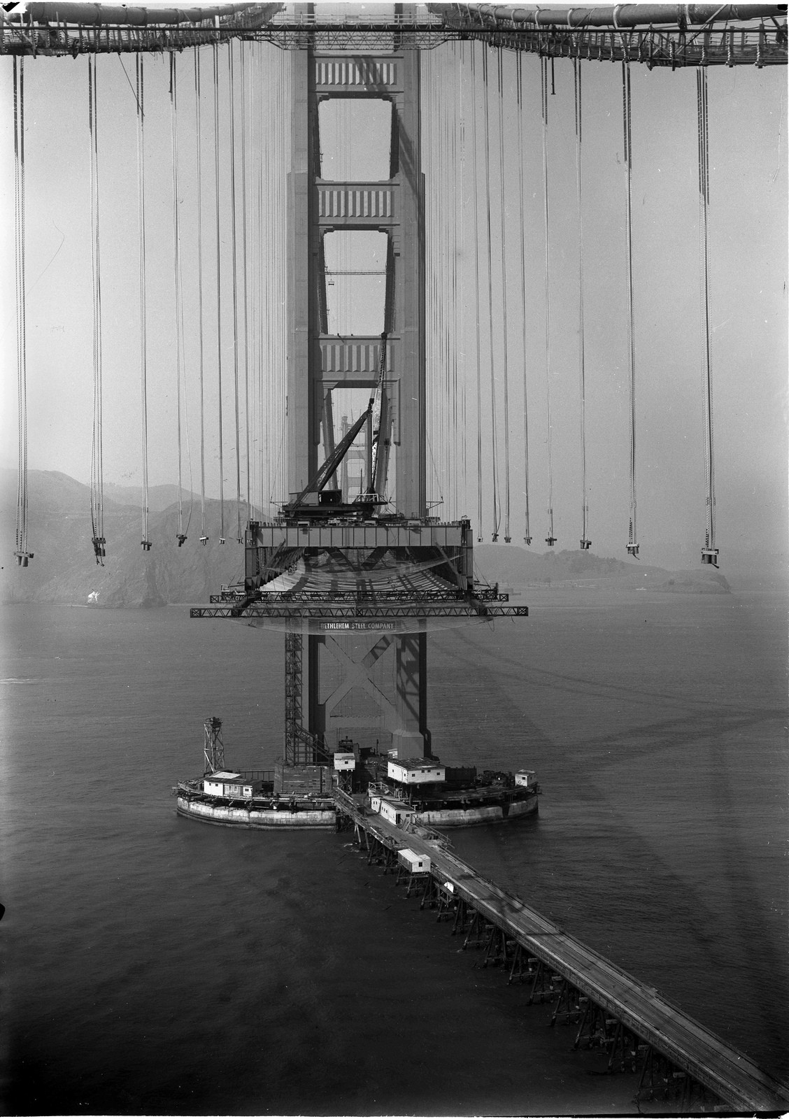 Golden Gate Bridge en construction 1936